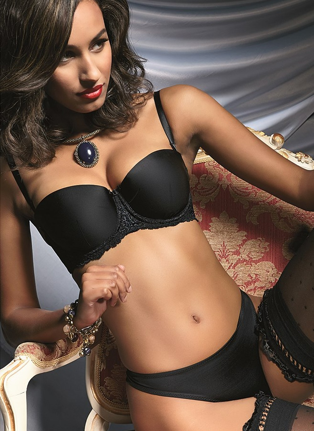Diamond Black Balconette Convertible Bra