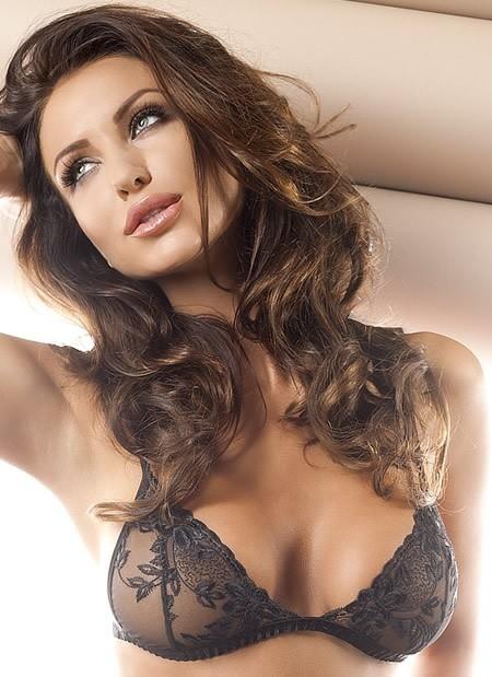 Donna Bralette