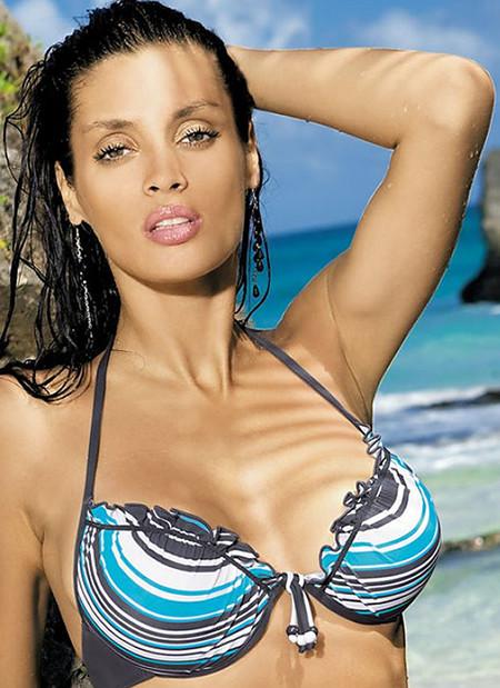 Vicki Push Up Halter Bikini Top