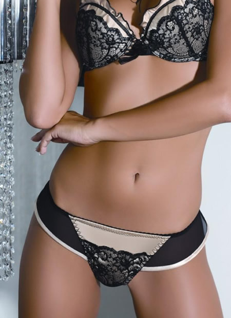 Panties - Pick up the prettiest panties at Hudson's Bay. Discover the latest styles from Calvin Klein, Wacoal, Hanky Panky, Free People and more.